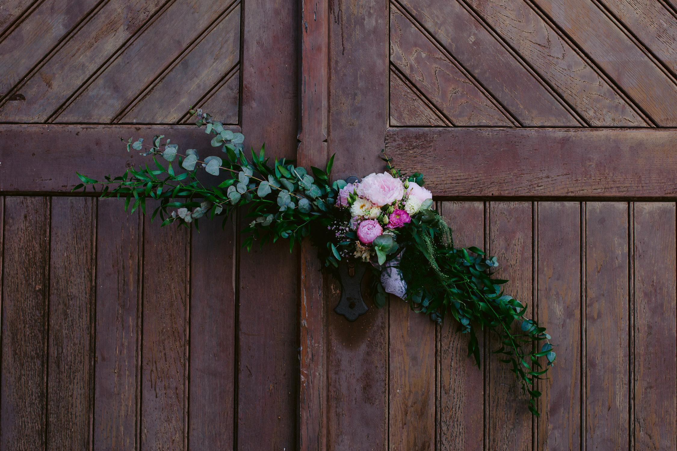 Blumendekoration auf Hochzeit in Trier